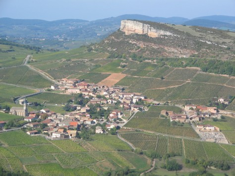 The village Solutré-Pouilly